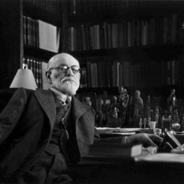 sigmund-freud-in-office-56a7922f5f9b58b7d0ebc7ad